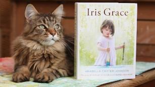 160310155058-12-iris-grace-medium-plus-169